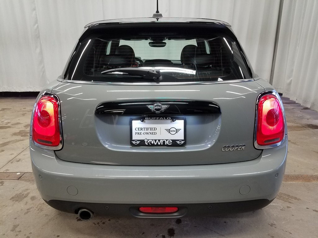 Pre-Owned 2017 MINI Cooper Base