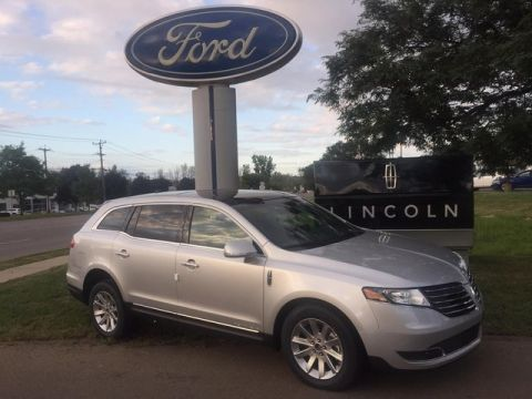 Pre-Owned 2019 Lincoln MKT Livery